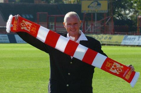 VAKTE OPPSIKT: At Paul Gascoigne tok over som manager for miniputten Kettering Town var ingen selvfølge. Ansettelsen vakte stor oppsikt blant supportere og presse.