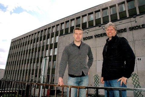 Erik Skei (t.v.) i Nordre Aker Venstre, og bystyrepolitiker Ola Elvestuen (V) ønsker Berg vgs. og universitetet til Sognsveien 80 når Sogn vgs flytter. Om deler av de gamle byggene får stå eller ei, overlater de til byantikvaren å avgjøre.