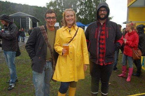 F.V: Atle Kjølsø, Elin Marie Storvold og Stian Denstad har kommet hele veien fra Trondheim for å delta på Øyafestivalen.