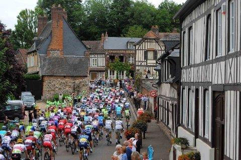 INGEN HAST: Den 196,5 kilometer lange reisen mellom Rouen og Saint-Quentin under den femte etappen av årets Tour de France tok i underkant av fem timer.