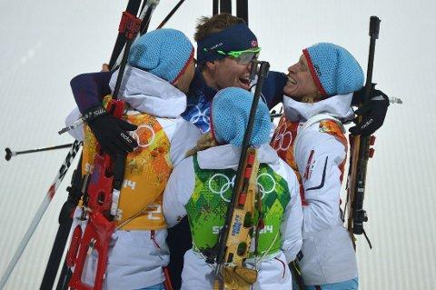GULLAG: Ole Einar Bjørndalen, Emil Hegle Svendsen, Tora Berger og Tiril Eckhoff sørget for norsk gull.