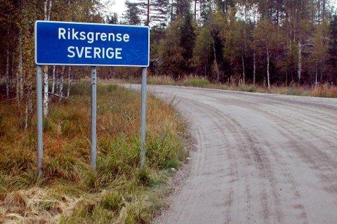 FÅR KAMERA: Grensen mellom Sverige og Romerike er i dag ubemannet. Tollvesenet håper kameraer skal stoppe smuglerne.