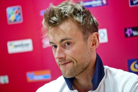 INNE ELLER UTE? Det er foreløpig uvisst om Petter Northug går verdenscuprenn eller satser på langløp neste sesong.