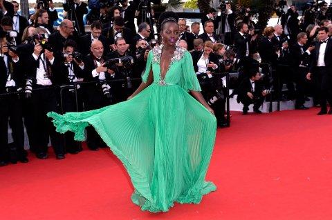 VÅRDRØM: Den flotte filmstjernen tok pusten fra de fleste i denne vårgrønne chiffonkjolen.