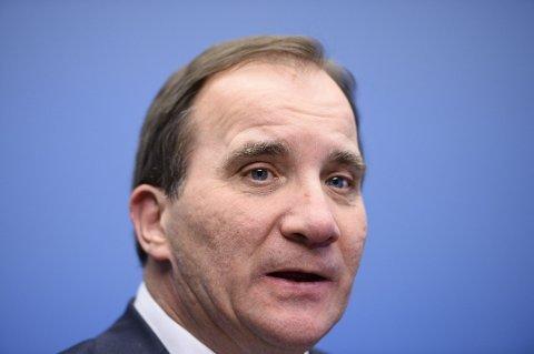 STENGER UTE: Sveriges statsminister Stefan Löfven vil ha samtaler om flyktningekrisen, men ikke med Sverigedemokraterna.