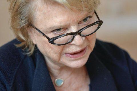 REAGERER: Eva Joly, som nå leder EUs spesialkommisjon for skatt, er rystet over at Økokrim slipper Transocean-saken etter 11 års etterforskning.