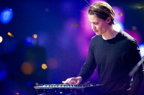 Kygo fikk under prisen for Årets låt under Spellemannprisen i Oslo Spektrum lørdag kveld. Her er han i aksjon under Nobelkonserten 2015.