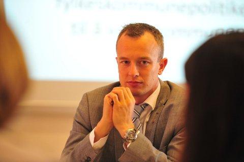 Fylkesordfører Sven Tore Løkslid (Ap).