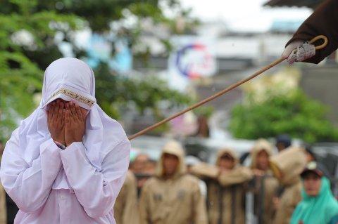23 SLAG: Kvinnen fikk straffen fordi hun var alene med en mann, uten å være gift.