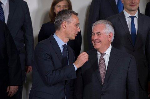 Natos generalsekretær Jens Stoltenberg og USAs utenriksminister Rex Tillerson.