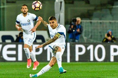 MÅLBONANZA: Mauro Icardi scoret hattrick mot Fiorentina, uten at det ga laget hans poeng.