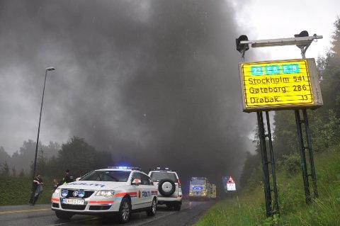 SER LIKHETER: Statens havarikommisjon ser likheter i hendelsesforløp, brannsted og kjøretøytype for tunnelbrannen i 2011 (bildet) og den som skjedde 5. mai.