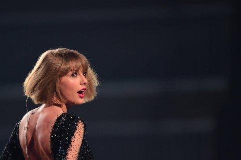 Taylor Swift vant rettssaken i Denver der hun var saksøkt av en radiovert for falske anklager.