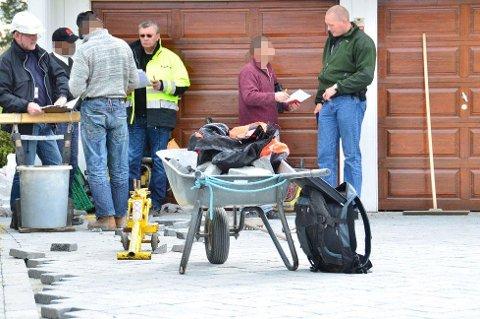 Illustrasjonsfoto: En tidligere aksjon der politiet, Skatt øst og Arbeidstilsynet var på jakt etter dokumentasjon.