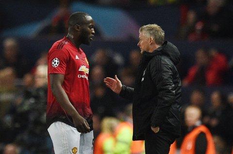 PÅ VEI BORT? Ryktene om at Romelu Lukaku kan være på vei bort fra Manchester United blir ikke borte.