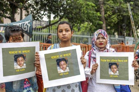 Drapet på 19-åringen utløste store protester i Bangladesh. (SAZZAD HOSSAIN / AFP)