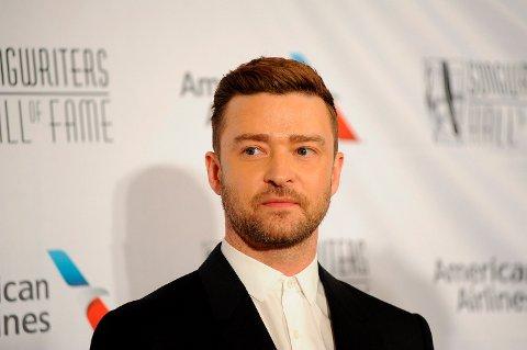 SVARER: Justin Timberlake svarer på utroskapsryktene og beklager overfor kona Jessica Biel.