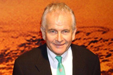 Ian Holm har gått bort. Han ble de senere år kjent gjennom sin rolle som Bilbo Baggins i triologien Ringenes Herre. Han ble 88 år gammel.