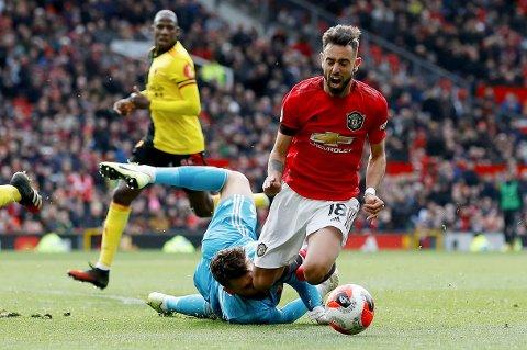 Vi tror Manchester United og Bruno Fernandes ryker ut av Europa League søndag.