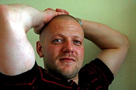 LØSLATES: Viggo Kristiansen på besøksrommet i Ila fengsel i august 2011. Bildet er tatt av journalist Eivind Pedersen som gjorde intervju med Kristiansen for Dagbladet.
