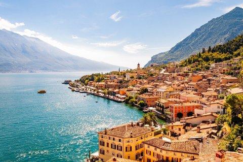 Er du fullvaksinert, kan du reise til Italia uten karantene ved ankomst, men du må regne med hjemmekarantene ved hjemkomst.