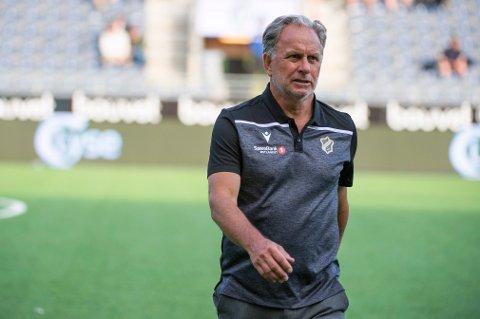 NYTT TAP: Jan Jönsson og Stabæk tapte for Sandefjord søndag. Her er treneren etter en kamp mot Viking.