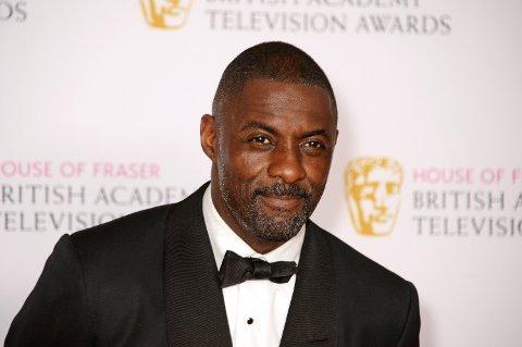 FÅTT NOK: Idris Elba ønsker en lovendring for sosiale medier.