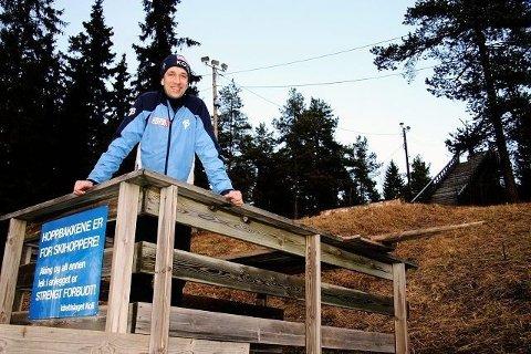 Kolls skileder Hans Olav Hamran fikk ønsket oppfylt - nå er igjen hopptreningen igang i Trollbakkene - her er Hamran fra tidligere sak i Budstikka. Kristin Tufte Haga