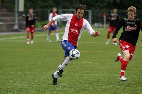 Banens beste: Nicolai Aarø spilte en stor kamp mot FFK, scoret ett mål og var farlig frempå ved flere anledninger. Foto: Thomas Granerød