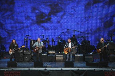 Legendene Timothy B. Schmit, Don Henley, Glenn Frey og Joe Walsh koste seg i Frognerbandet, ihvertfall sånn etterhvert.