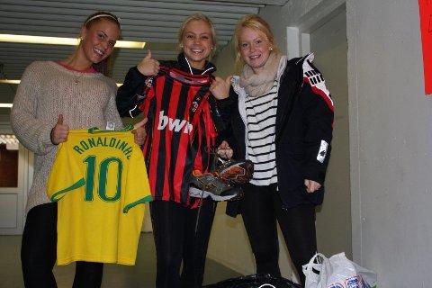 VIL TIL BRASIL: Ane Frydenlund, Charlotte Lunde og Sofie Sande (18) håper at de kan samle inn nok klær og midler gjennom ungdomsbedriften sånn at de selv kan reise ned til Brasil og levere klærne personlig. ALLE FOTO: PEGAH NIKU