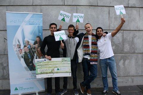 Harpreet Singh, Joachim Gregersen, Emil Holst, Sukhbir Singh og Xhabir Sabani (ikke til stede på bildet) vant Grunderidol med vanter beregnet for trykkfølsomme skjermer.