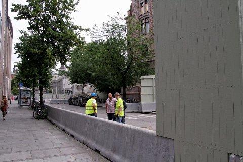 Luftig: Veggen rundt regjeringskvartalet er endelig borte.