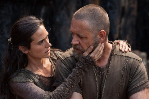 JENNIFER CONNELLY og Russell Crowe.