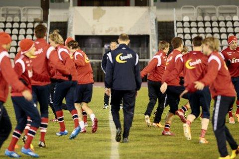 NYTT LAG: Landslagstrener Per-Mathias Høgmo skal bygge et nytt norsk landslag og er åpen for å gi spillere nye roller.