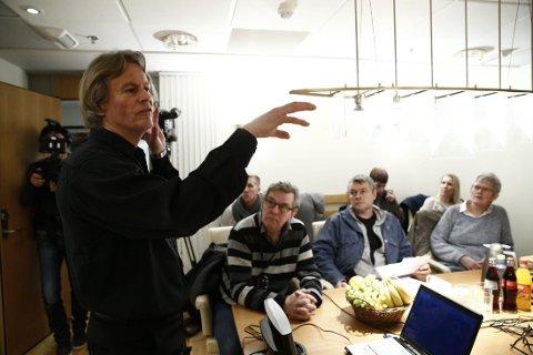 Odd Petter Magnussen, faren til Martine Vik Magnussen, den norske kvinnen som ble drept i London for seks år siden, holdt pressekonferanse på Aker Brygge i Oslo torsdag.
