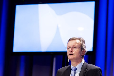MISTER KUNDER: Telenor innrømmer at det har vært mange og kraftige reaksjoner etter at selskapet innførte betaling for bruk av BankID på mobil. På bildet: Konsernsjef i Telenor Jon Fredrik Baksaas.