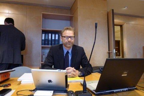 Politiadvokat Per Zimmer i Kripos mener at 40-åringen fra Sandnes skal utleveres til Rwanda.