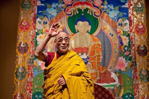 IKKE VELKOMMEN: Stortingets ledelse nekter Dalai Lama å gå inn hoveddøren når han kommer til Oslo i mai.