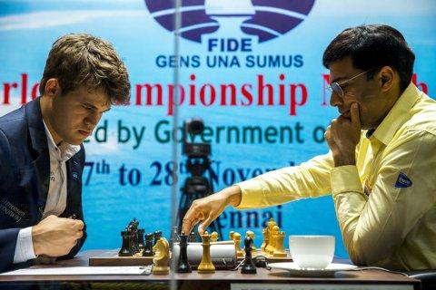SPILLER IKKE I NORGE: VM-kampen mellom Magnus Carlsen og Viswanathan Anand blir l