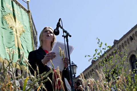 STÅR PÅ SITT: Landbruks- og matminister Sylvi Listhaug (Frp) når ikke gjennom med sitt budskap til bøndene - ennå.