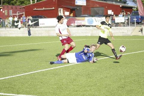 I LEDELSE: Blerim Redzepi scoret kampens første mål etter ti minutter.Alle Foto: Andreas Lindbæk