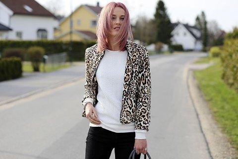 Bloggeren Kaja Marie har en oppdatert og edgy stil.