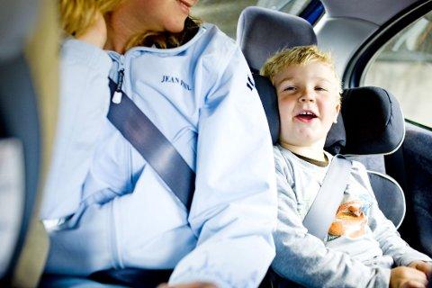 GODT FASTSPENT: Det er viktig for både voksne og barn å være riktig fastspent. Foto: Sara Johannessen / SCANPIX NB! Modellklarert