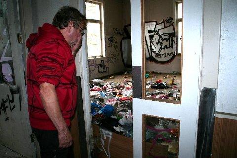 Atle Sveen, som er tilknyttet Romania Hjelpen, er sjokkert over forholdene menneskene lever under.