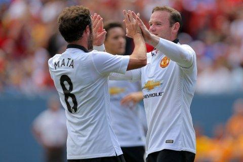 MÅL: Juan Mata og Wayne Rooney scoret alle de tre målene til Manchester United.