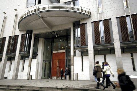 DOM: Oslo tingrett mener knivstikkingen grenser mot overlagt drapsforsøk og dømte en 28 år gammel kvinne fra Groruddalen til fengsel i seks år. ARKIVFOTO