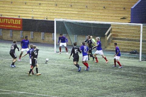 GODE PÅ DØDBALL: Ola Bjørnland scoret for Kjelsås. På www.nab.no kan du se begge målene, sjanser og intervju.