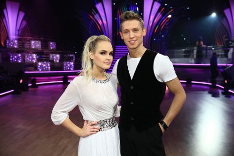 DIRTY DANCING: Alexander lovte Linnea at hun skulle få danse til Dirty Dancing om hun kom til finalen. Nå får hun endelig viljen sin!