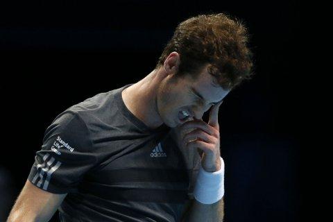 YDMYKET: Andy Murray var sjanseløs mot Roger Federer.